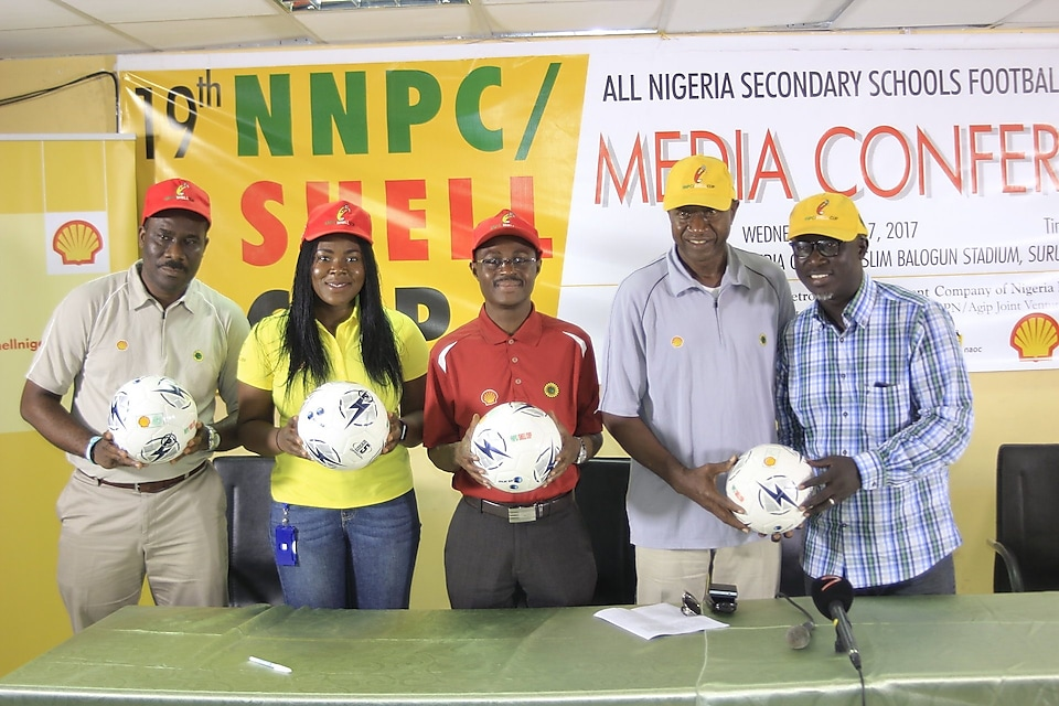 L-R: Social Performance Advisor, SNEPCo, Hope Nuka; Social Performance Advisor, Ibukun Adewale; Non- Technical Risk Manager, Adebanji Adekoya; former Super Eagles striker and CEO, Worldwide Sports, Chief Olusegun Odegbami and Chairman Sports Writers Association, Oyo State Chapter, Niyi Alebiosu, at a press conference holding a football.